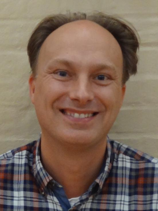 Carsten Schmidt : Sekretær